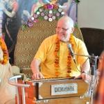 Бхакти Вишрамбха Мадхава Махарадж и Притху прабху