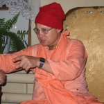 Бхакти Вишрамбха Мадхава Свами. Ярославль, 2005