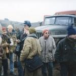 Журналисты берут интервью у кришнаитов направляющихся в Грозный кормить людей