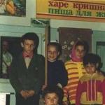 023 Сытые прасадом чеченские дети
