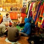 Киртан в магазине Харе Кришна, СПб, 2011