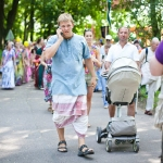 073 Ратха-ятра в СПб 2013