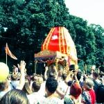 Колесница Ратха-ятры в Питере на Елагином