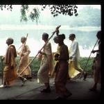 CT15-097 Утренная прогулка Шрилы Прабхупады с учениками, New York 1972