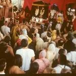 1972-2-В павильоне